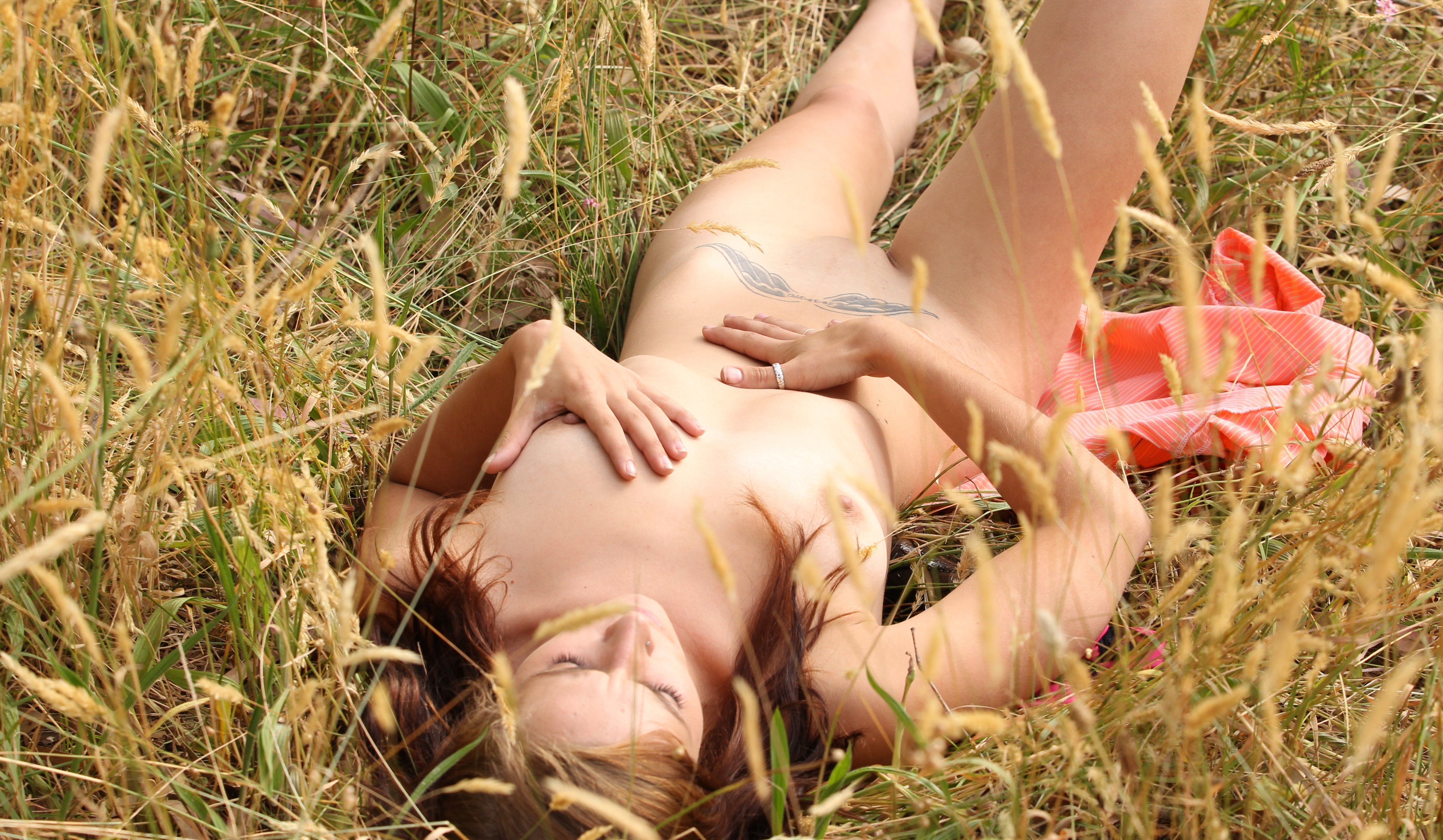 nude-girls-in-nature